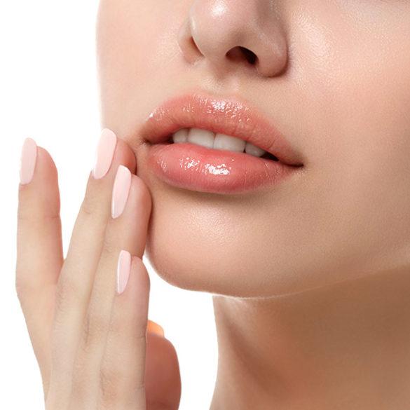 Les injections d'Acide Hyaluronique pour les lèvres à Cannes, Dr Pecha